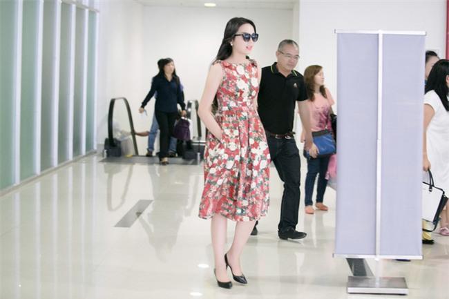 Hành trình từ hoa hậu bị chê bai, chỉ trích tới biểu tượng thời trang của Kỳ Duyên - Ảnh 2.