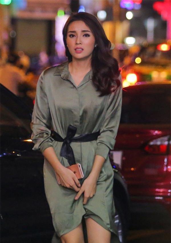 Hành trình từ hoa hậu bị chê bai, chỉ trích tới biểu tượng thời trang của Kỳ Duyên - Ảnh 3.