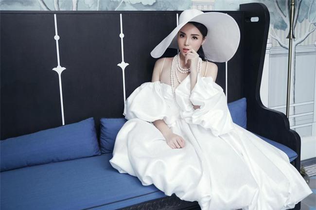 Hành trình từ hoa hậu bị chê bai, chỉ trích tới biểu tượng thời trang của Kỳ Duyên - Ảnh 5.