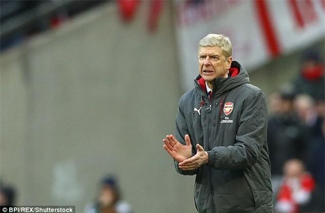 Nhìn fan nhí khóc tức tưởi thế này, Arsenal có thấy hổ thẹn - Ảnh 3.