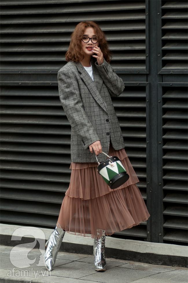 Diện blazer đẹp như các quý cô miền Bắc trong street style những ngày cuối tháng 2 - Ảnh 5.