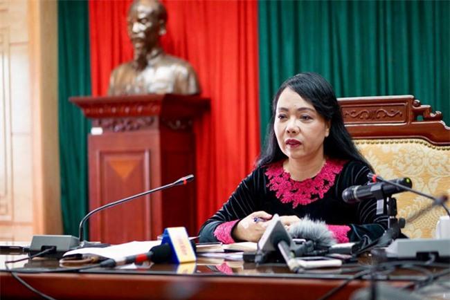 Ra soat ho so giao su cua Bo truong Nguyen Thi Kim Tien hinh anh 1