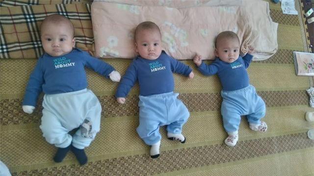 3 bé trai sinh cùng trứng 200 triệu ca mới có 1 trên thế giới bây giờ thế nào? - Ảnh 1.