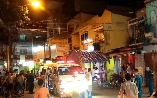 Vụ bảo vệ tổ dân phố sát hại bé trai 6 tuổi ở Sài Gòn: Kẻ gây án bị tâm thần phân liệt thể hoang tưởng - Ảnh 4.