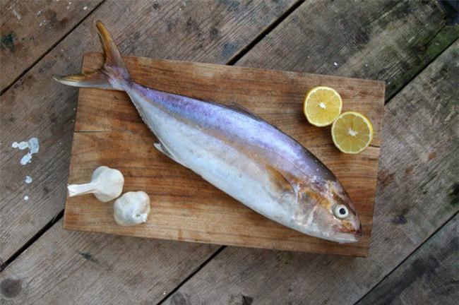 Bởi vì bạn còn mắc những lỗi sau nên món cá bạn nấu mãi vẫn chưa thơm ngon - Ảnh 3.