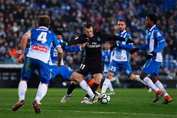 Thua trang Espanyol, Real dut mach 5 tran toan thang hinh anh 3