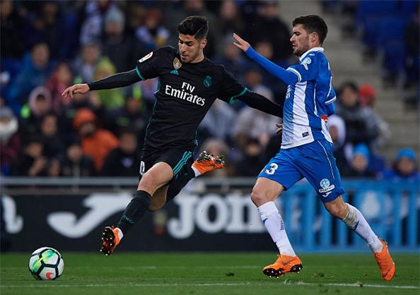 Thua trang Espanyol, Real dut mach 5 tran toan thang hinh anh 5