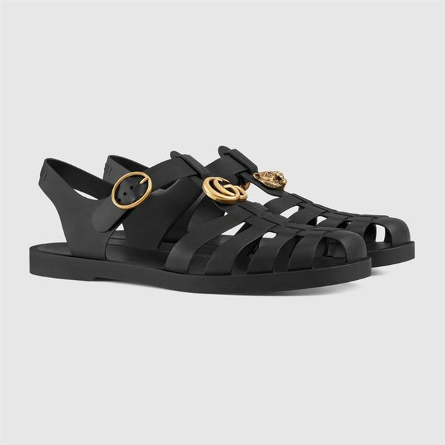 Có giá hơn 11 triệu nhưng hình như sandal của Gucci trông quá giống dép rọ bộ đội của nước ta thì phải - Ảnh 6.