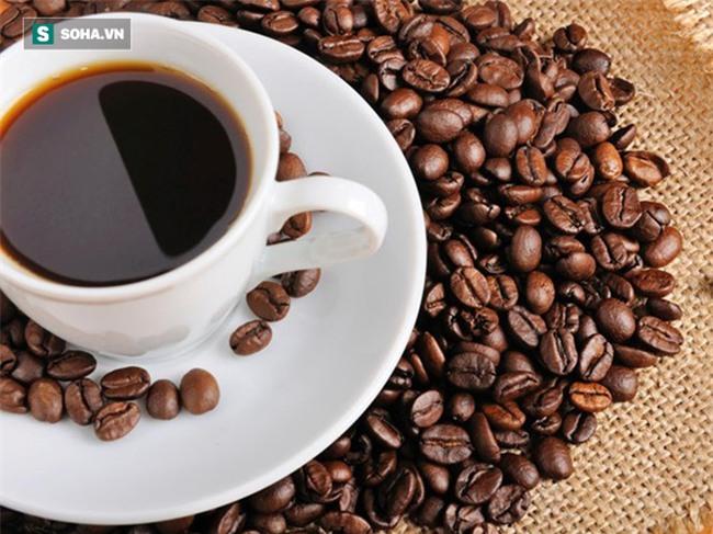 Chuyên gia lý giải vì sao nên uống ít nước trước khi uống cà phê, đến người nghiện cũng chưa hẳn đã biết-1