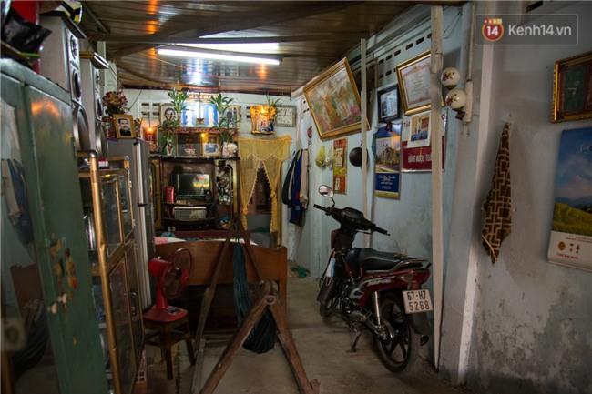 Về thăm ngôi nhà xuống cấp của gia đình thủ môn U23 Việt Nam: Mẹ ung thư, cha mất khả năng lao động - Ảnh 2.