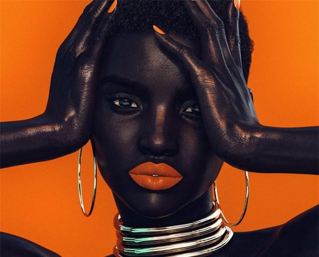 """Người mẫu da đen trở thành hiện tượng """"gây bão"""" trên Instagram, khi biết xuất thân đặc biệt của cô, ai cũng phải giật mình - Ảnh 3."""
