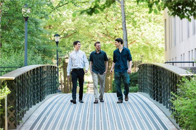 Soái ca nước nhà người ta: 18 tuổi tốt nghiệp xuất sắc ĐH Yale - Mỹ, sở hữu 20 bằng sáng chế công nghệ - Ảnh 8.