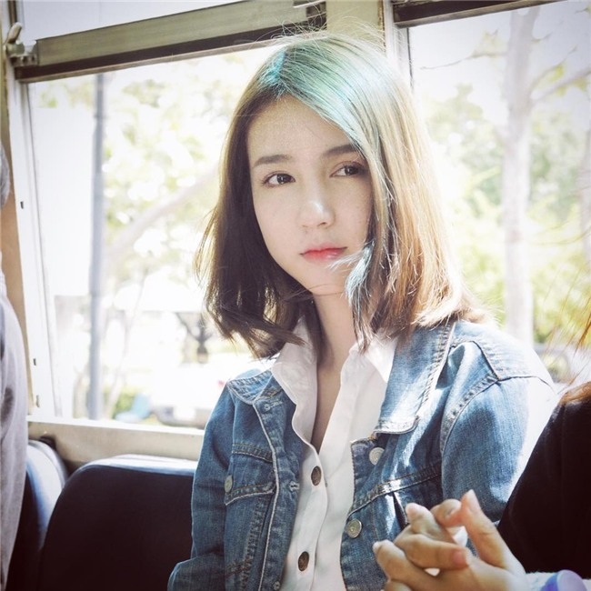 Hương Giang Idol nhận được nhiều lời khen khi xuất hiện trong clip của đối thủ mạnh nhất của cô-10