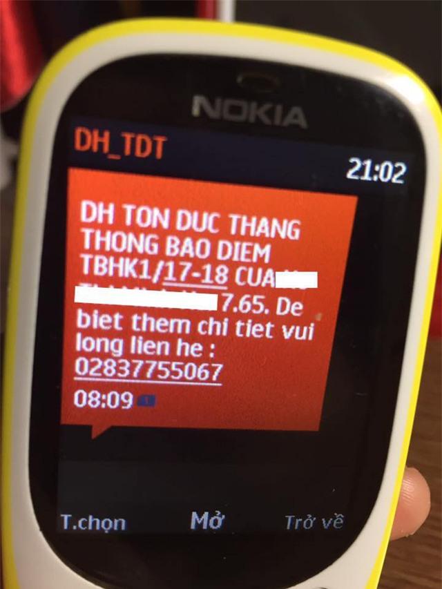 Tin nhắn báo điểm của trường ĐH Tôn Đức Thắng gửi về cho phụ huynh (ảnh internet)
