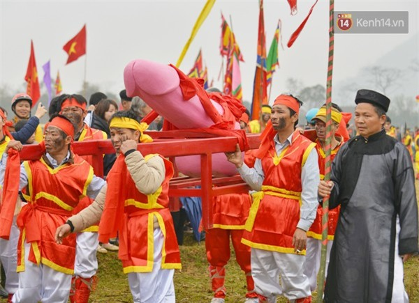 Tiết lộ về lễ hội Ná Nhèm 2018: Của quý nặng khoảng 60kg, dài 1 mét - Ảnh 1.