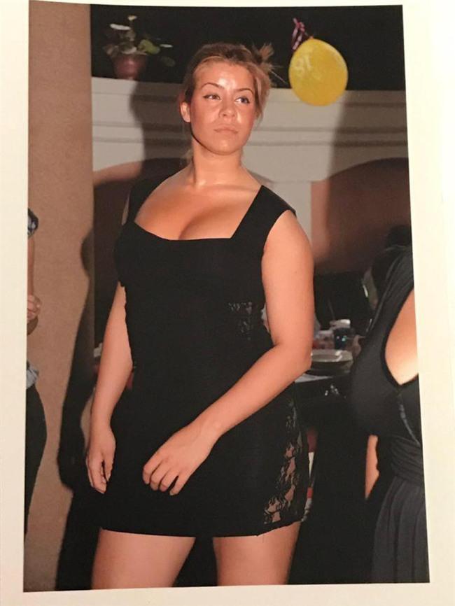 Người phụ nữ gây sốc với vòng 3 khổng lồ dự định tiếp tục độn mông mặc cho lời cảnh báo sức khỏe từ bác sĩ - Ảnh 3.
