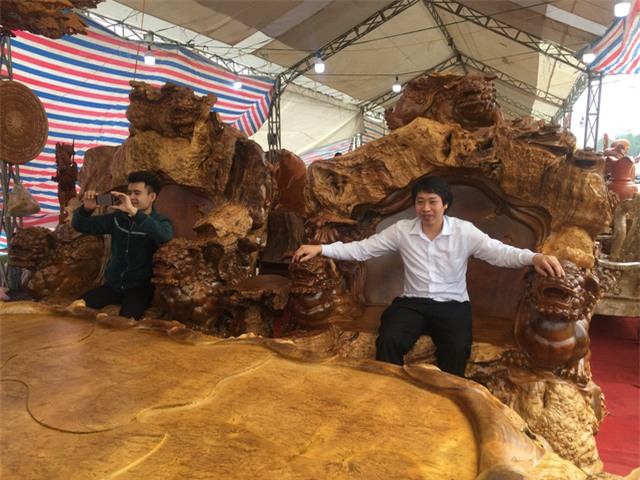 Bàn ghế quý,bàn ghế đại gia,bàn ghế tiền tỷ,gỗ quý