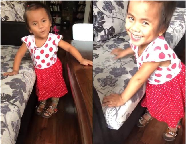 Clip xúc động: Những bước đi chập chững đầu tiên của bé gái bị liệt 2 chân được vợ chồng ở Sài Gòn nhận nuôi - Ảnh 2.