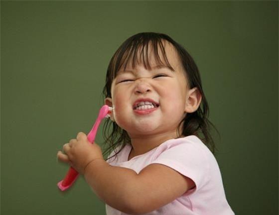 Để không còn phải thúc giục con đánh răng, hãy học ngay chiêu này - Ảnh 3.