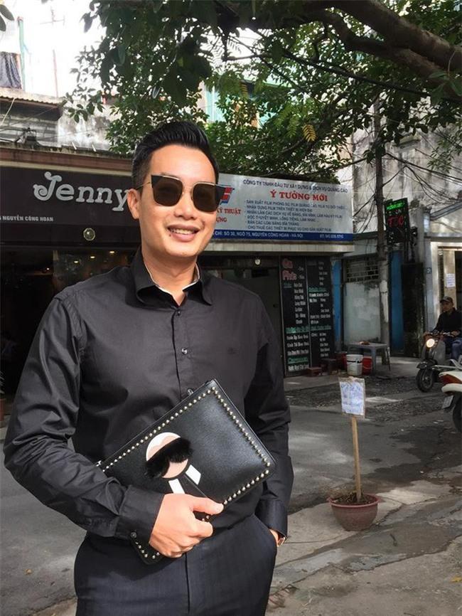 Thần thái sang chảnh và cuộc sống sung túc của BTV Hoa Thanh Tùng