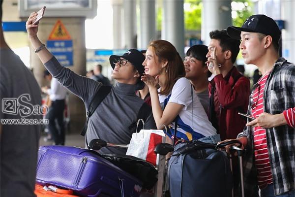 Từ Hàn trở về, Linh Chi mua búp bê tặng con gái của Lâm Vinh Hải-8