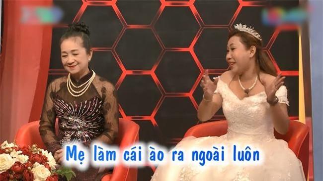 con trai bo theo nhan tinh, me gia cung con dau nuong tua vao nhau nuoi 2 chau nho - 4