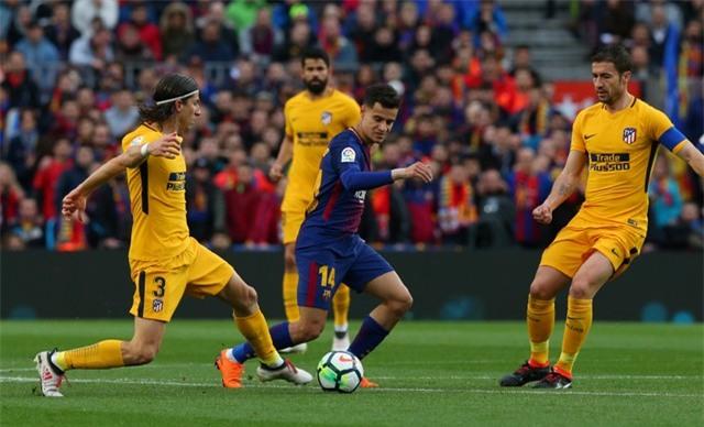 Barca gặp nhiều khó khăn trong những phút đầu trận đấu