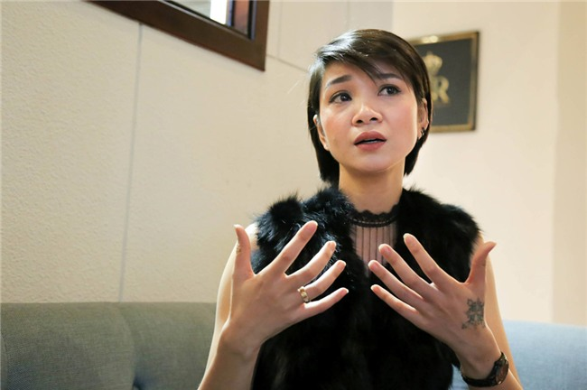 Chan dai Ha Vy: 'Toi tung tiep ruou dai gia voi gia 500-1.000 USD' hinh anh 2