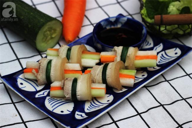 Thêm một cách làm thịt luộc vừa ngon vừa đẹp nhìn thôi đã thèm - Ảnh 1.