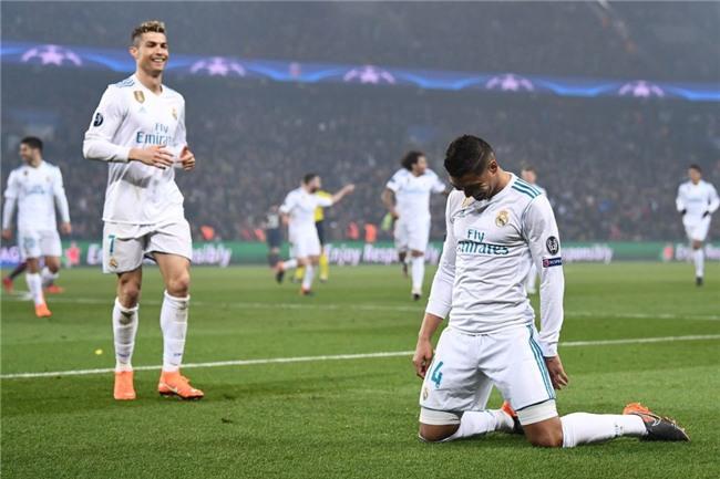 Ronaldo toa sang dua Real vao tu ket Champions League hinh anh 14
