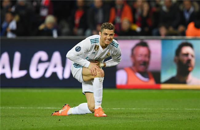 Ronaldo toa sang dua Real vao tu ket Champions League hinh anh 15