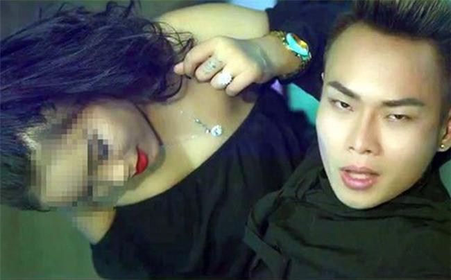 Trước khi bị ảo giác, cô gái 20 tuổi đã mời ca sĩ Nam Khang chơi ma túy