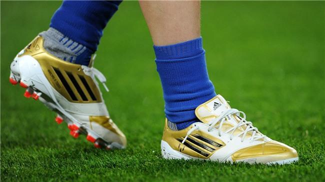 Bộ sưu tập giày thi đấu độc nhất từng được Messi sở hữu - Ảnh 5.