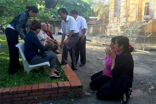 Mẹ tử tù Vũ Văn Tiến: Hành trình tuyệt vọng khi đứa con dần bước vào cửa tử
