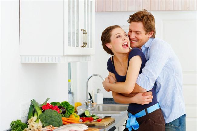 Tôi khù khờ trở thành tấm bình phong hoàn hảo để che chắn cho vợ qua lại với người cũ - Ảnh 1.