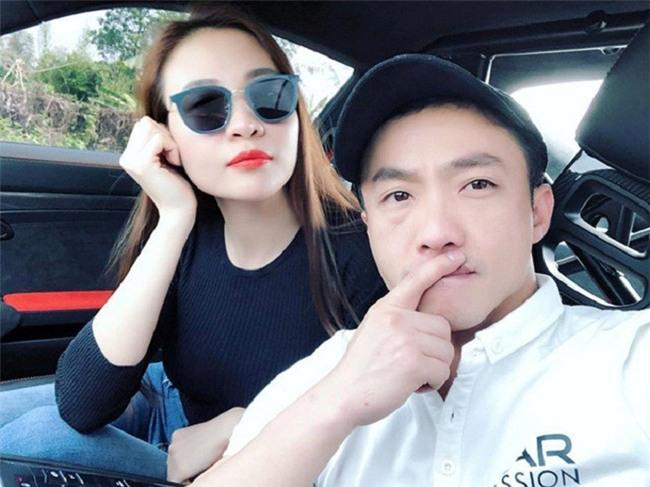 Cường Đô La và Đàm Thu Trang dính như sam trong suốt hành trình phượt bằng siêu xe - Ảnh 4.