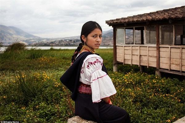 Một cô gái tại Ecuardo
