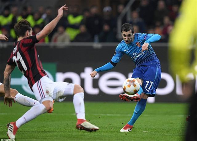 Trước đó ở phút 14, Mkhitaryan đã mở tỷ số cho Arsenal