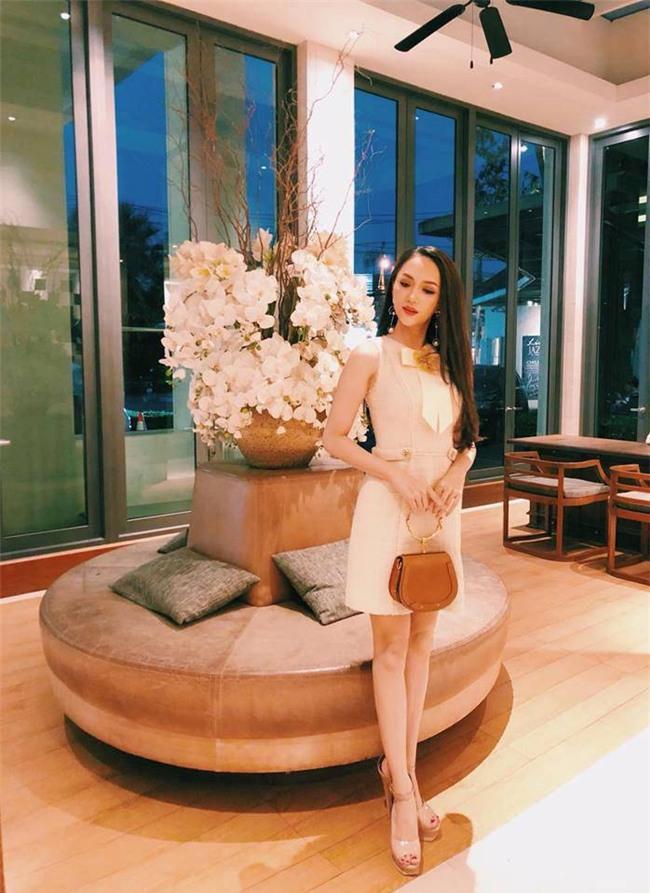 vi sao huong giang idol luon dep tai hoa hau chuyen gioi quoc te ? - 5