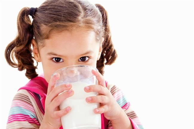 Chuyên gia giải thích sữa bò có thực sự là nguyên nhân gây ung thư?-3