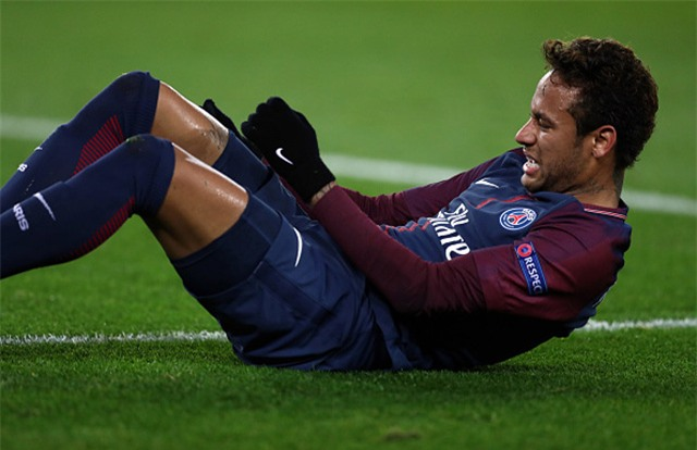 Neymar mới dính chấn thương và phải nghỉ thi đấu dài hạn