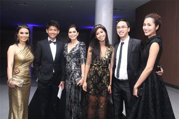 Dân mạng phát sốt với vẻ đẹp trong veo thời 25 tuổi của mẹ chồng Tăng Thanh Hà - Ảnh 5.
