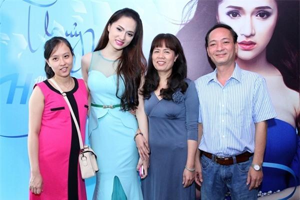 Mẹ Hương Giang Idol đã tự tha thứ cho chính mình sau 7 năm con chuyển giới-5