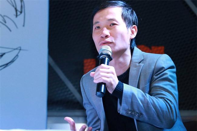 Châu Việt Cường là ca sĩ cỏ hạng bét, không đủ tư cách nghệ sĩ