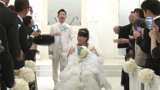 Vợ sắp cưới bỗng lâm bạo bệnh, chàng trai quyết chờ đợi suốt 8 năm trời không từ bỏ để rồi có cái kết đẹp như mơ - Ảnh 10.