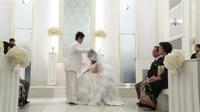 Vợ sắp cưới bỗng lâm bạo bệnh, chàng trai quyết chờ đợi suốt 8 năm trời không từ bỏ để rồi có cái kết đẹp như mơ - Ảnh 11.