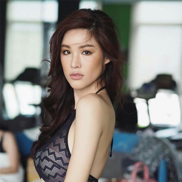 So găng nhan sắc của Hương Giang với 12 cựu Hoa hậu Chuyển giới Quốc tế: Ai hơn ai? - Ảnh 15.