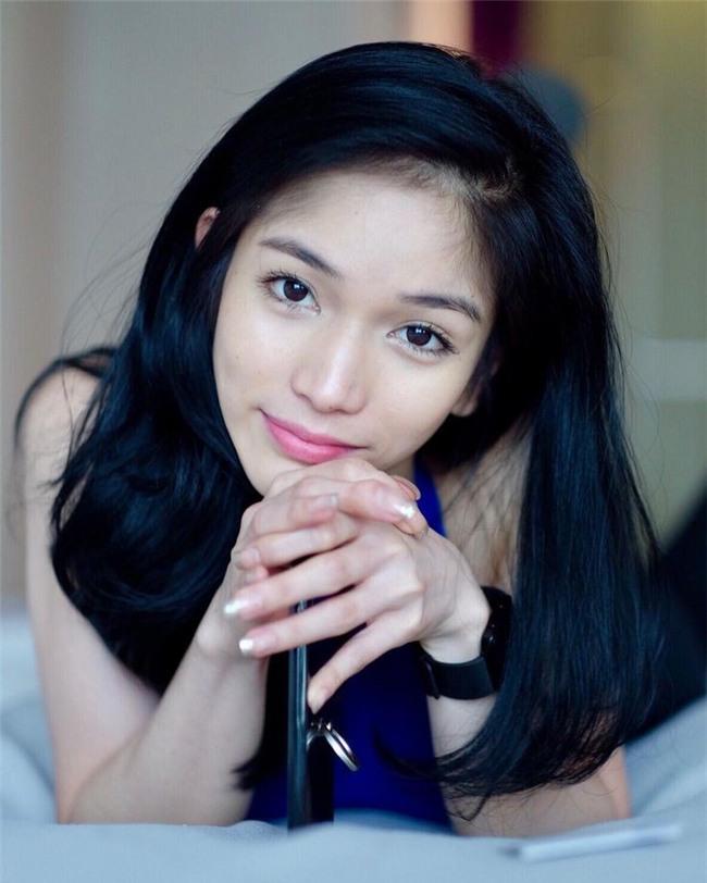 So găng nhan sắc của Hương Giang với 12 cựu Hoa hậu Chuyển giới Quốc tế: Ai hơn ai? - Ảnh 17.
