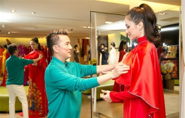 Đàm Vĩnh Hưng bất ngờ công khai Hoa hậu Chuyển giới Hương Giang Idol là vợ cũ-5