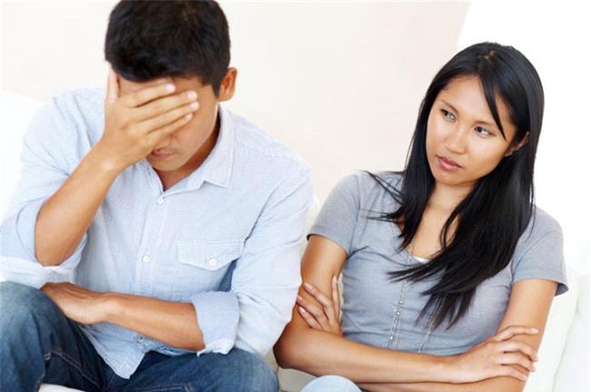 Phụ nữ muốn được chồng yêu chiều cả đời thì đừng dại dột nói ra 10 câu này, đặc biệt là điều số 6 - Ảnh 2.